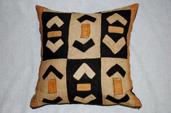 African tribal -Kuba Cloth -kuddfodral